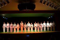 Os 16 formandos de 2014 também se apresentaram
