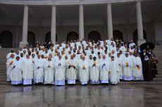 Registro do capítulo-geral da Ordem dos Carmelitas Descalços ocorrido em Fátima, Portugal