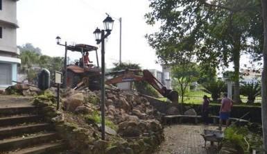 Pra�a do Bosque est� sendo revitalizada