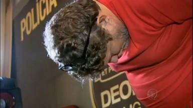 Júlio André Brandt é acusado de integrar quadrilha de roubo de caminhões (Foto: Rede Record)