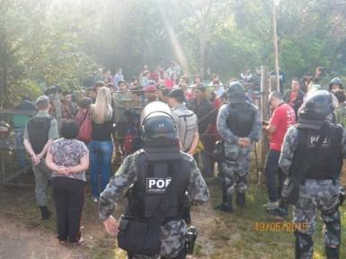 Brigada cumpriu mandado judicial (Foto: Brigada Militar)