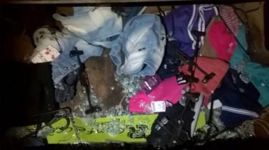Roupas furtadas foram recuperadas (Foto: Brigada Militar)