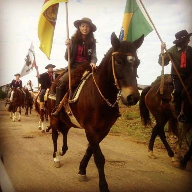 Cavalgada Feminina reuniu cavalarianas no domingo (Foto: Divulgação/Prefeitura)