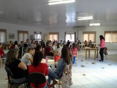Professores municipais participaram de formação (Foto: Divulgação/Prefeitura)