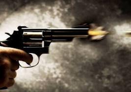 Vítima teria levado três tiros