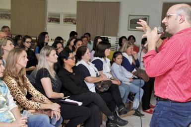 Conferência reuniu grande público no Centro de Convivência (Foto: Castor Becker Júnior/Prefeitura)
