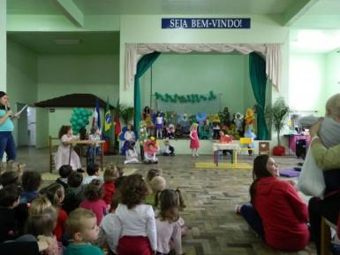 2ª Feira do Livro da Arco-Íris teve muitas atividades (Foto: Divulgação/Prefeitura)