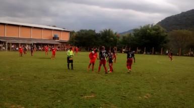 Santo Inácio ganhou do Vila Nova em Vale Real por 1 a 0 - Foto: Volnei Schommer/Rádio Comunidade do Vale FM