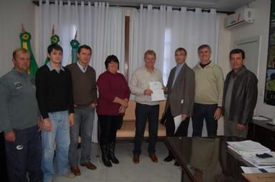 Vereadores estiveram com o prefeito (Foto: Câmara Municipal)