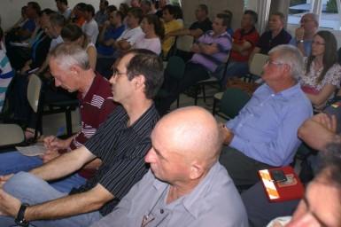 Popula��o pede a retirada do projeto da venda da �rea dos Bombeiros
