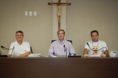 Oposição e situação juntas na mesa diretora (Foto: Câmara/Reprodução)