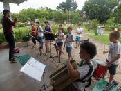 Orquestra de Sopros da ACEFH, durante apresenta��o na Prefeitura (Foto: Divulga��o/Prefeitura)