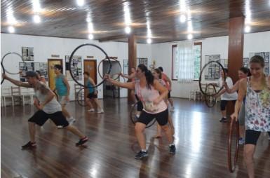Diversas oficinas culturais e esportivas são disponibilizadas aos salvadorenses (Foto: Divulgação/Prefeitura)